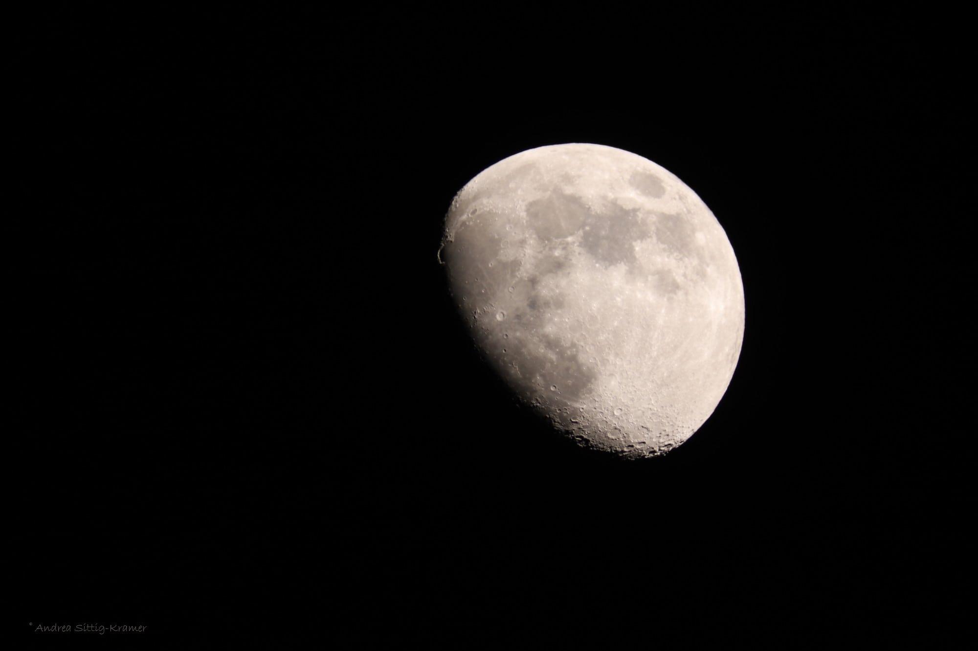 Goldener Henkel am Mond über Uelzen am 14. Mai 2019