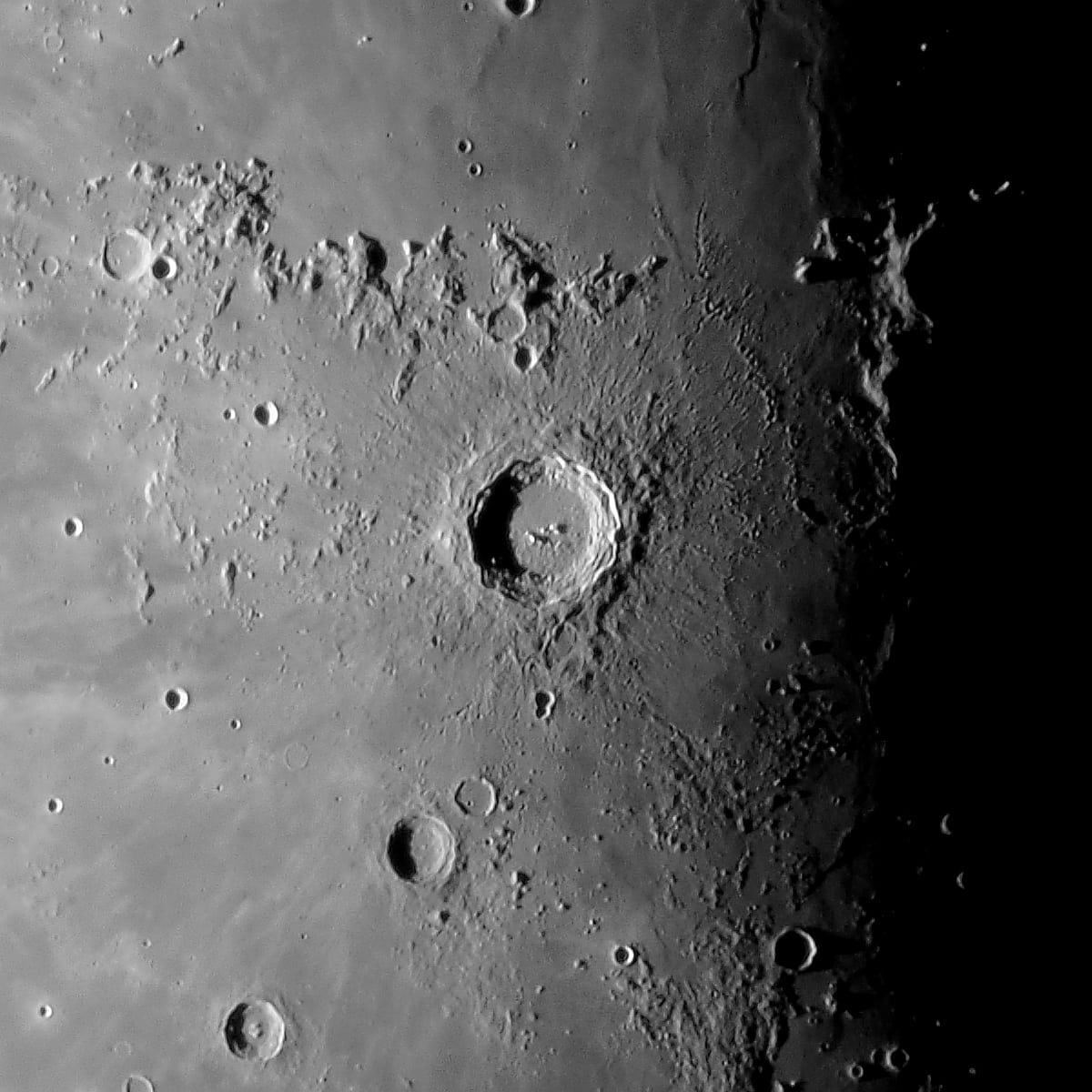 Kopernikus bei abnehmendem Mond