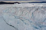 Eisschmelze: »Grundwasser« in Grönlands Gletscherklüften