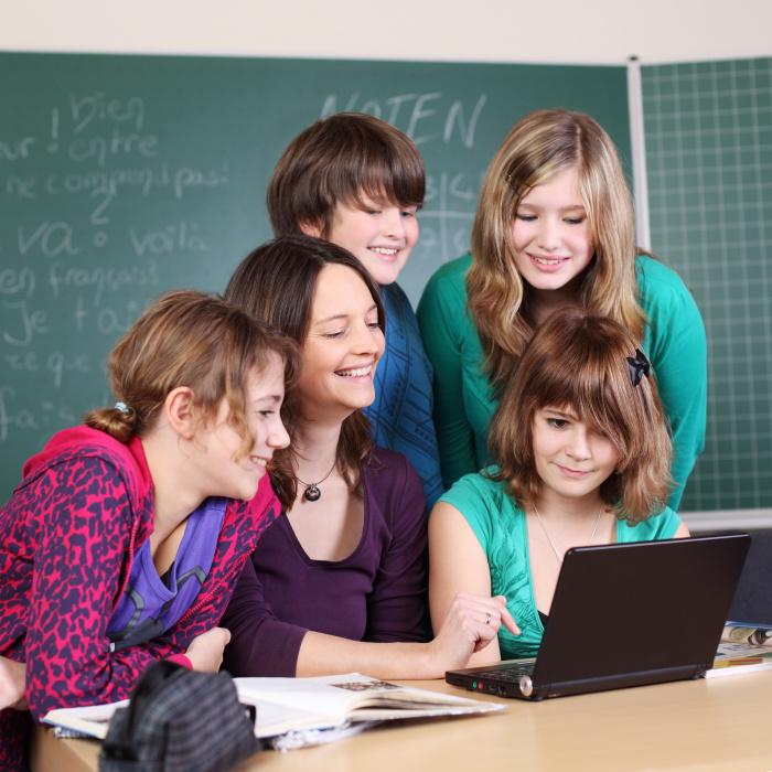 Smartphones schaden dem Unterricht nicht