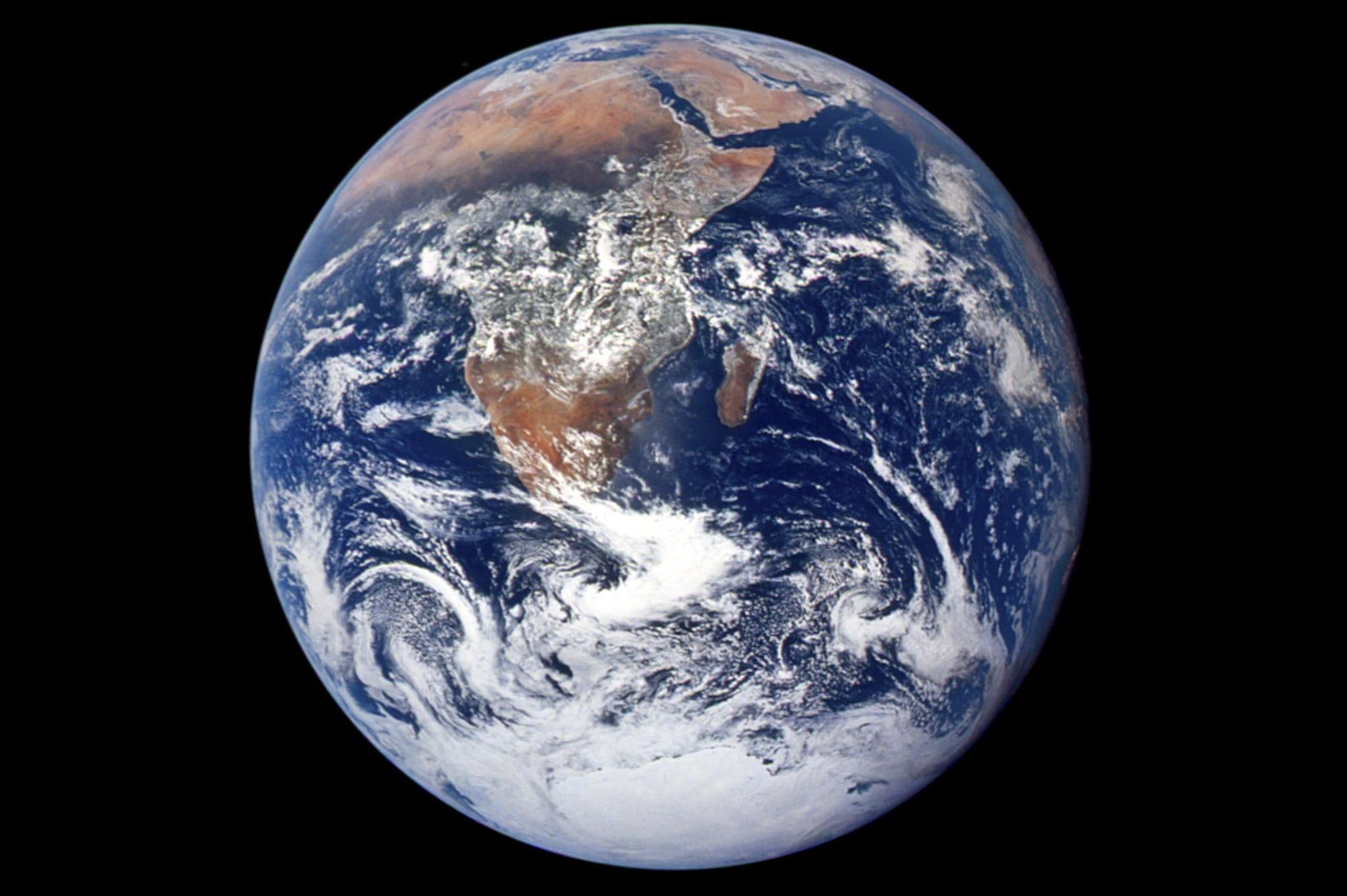 Bildergebnis für fotos vom blauen planeten erde