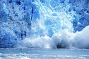 Helheim: Gigantischer Eisabbruch gefilmt