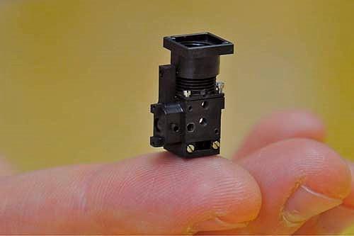 Miniaturisierung tragbares mikroskop für den mäusekopf spektrum