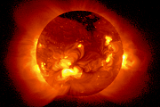Sonnenphysik: Forscher simulieren erstmals solare Spikulen